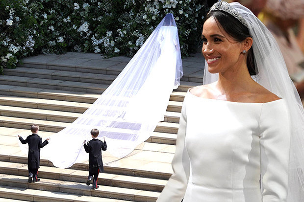 Meghan Markle Wedding Dress Back.Meghan Markle Wears A Beautiful Givenchy Gown On Her Wedding Day